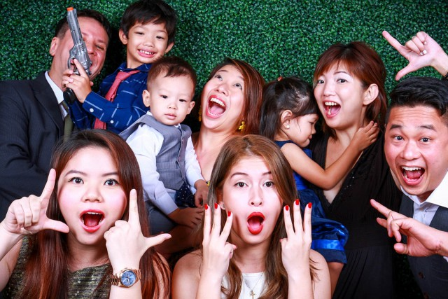 instant photo booth singapore