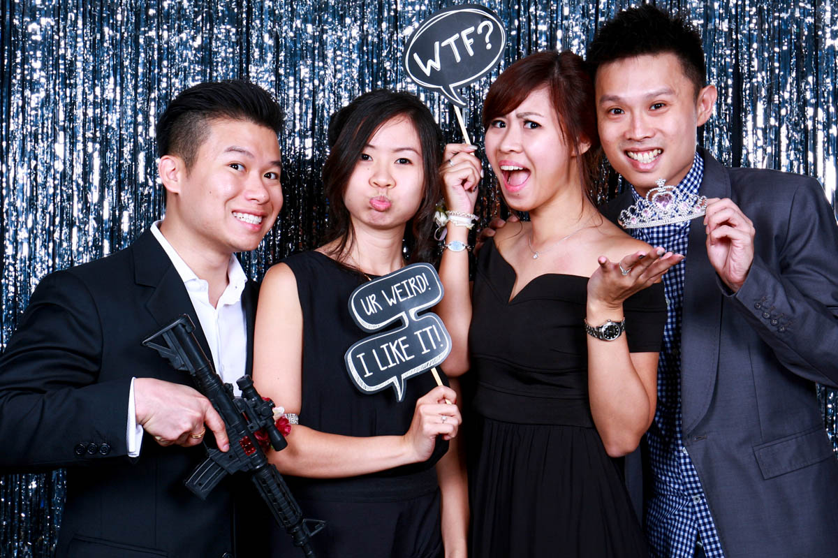 5 OCCASIONS TO HIRE THE BEST PHOTO BOOTH IN SINGAPORE