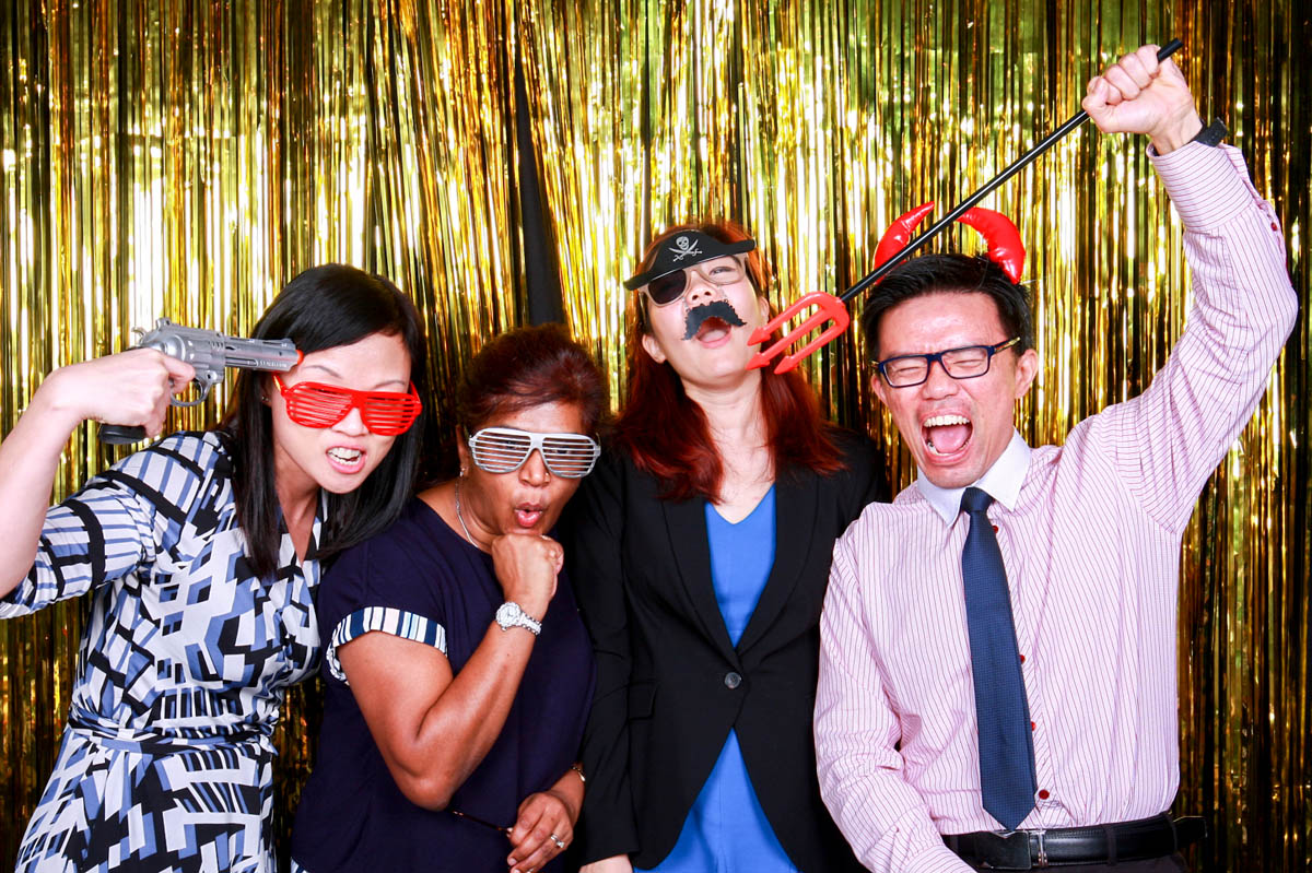 THE 3 MOST POPULAR FEATURES OF PHOTO BOOTHS