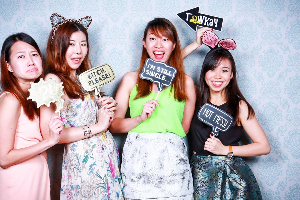 HOW TO PICK YOUR PHOTO BOOTH PRINTOUT DESIGN