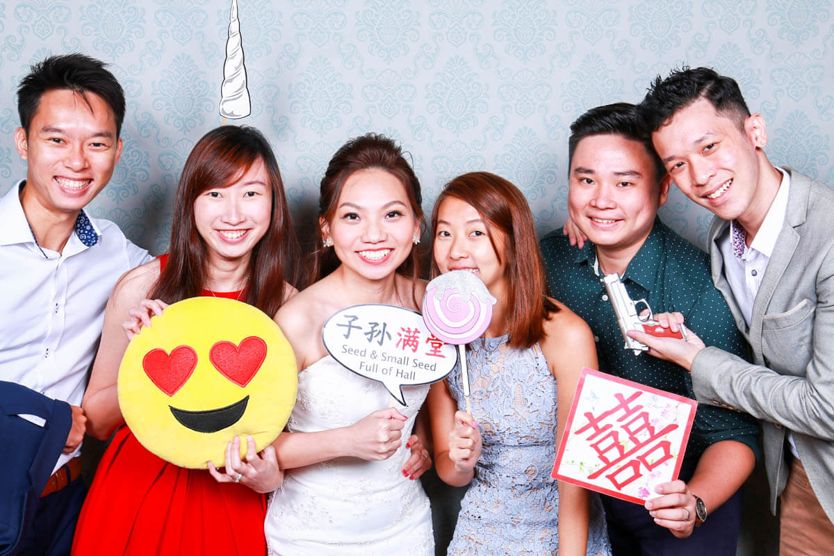 5 QUALITIES YOU NEED IN YOUR PHOTO BOOTH VENDOR
