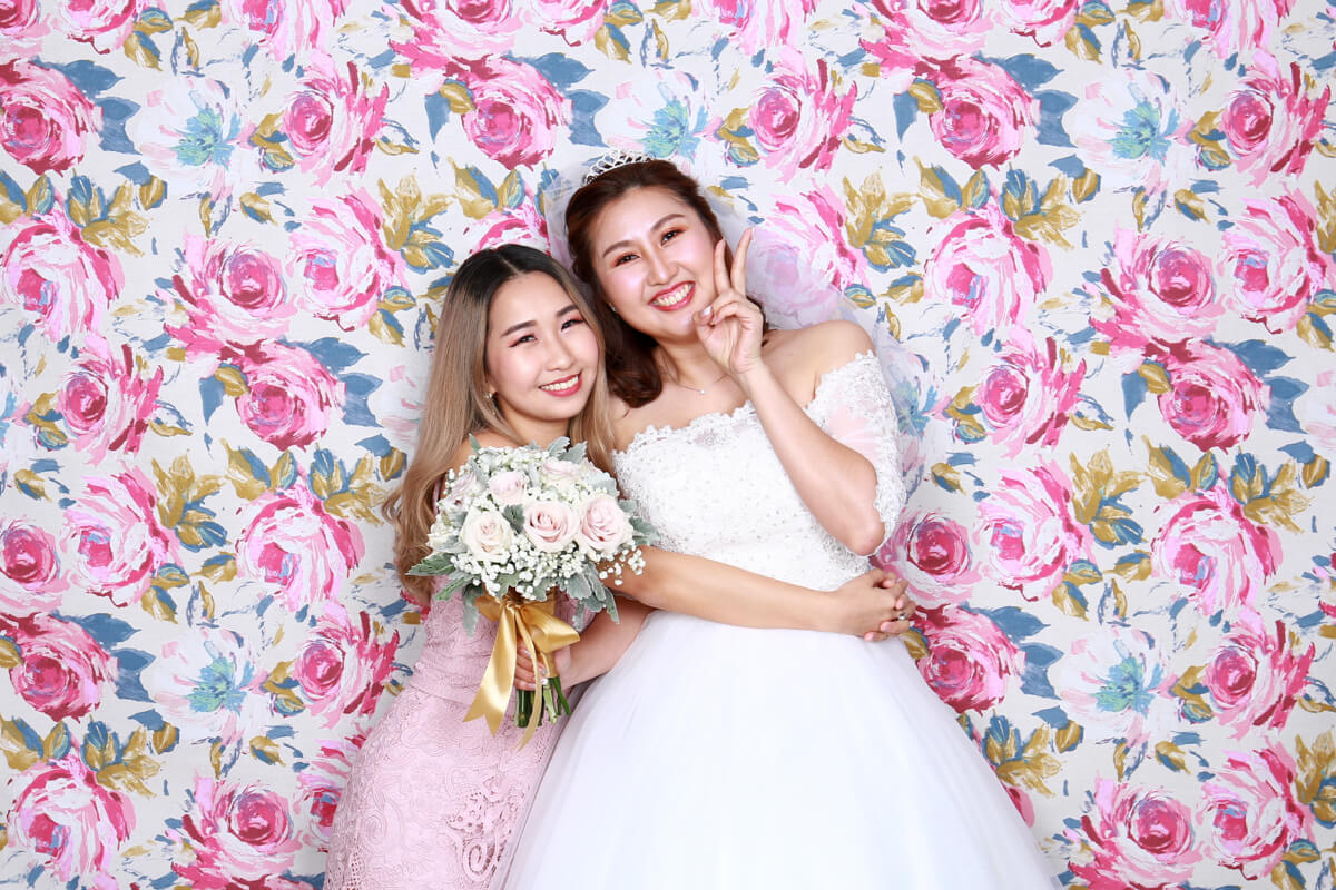 3 WAYS WEDDING PHOTO BOOTHS ADD ON TO THE CELEBRATION