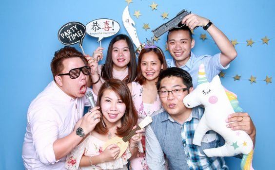 3 THINGS TO CONSIDER TO CREATE THE MOST AMAZING PHOTO BOOTH EXPERIENCE