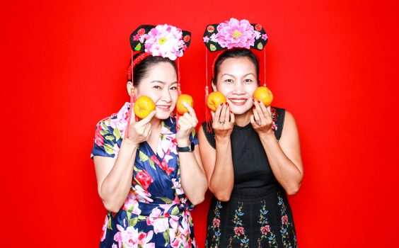 5 ADORABLE POSES FOR ANY PHOTO BOOTH EXPERIENCE