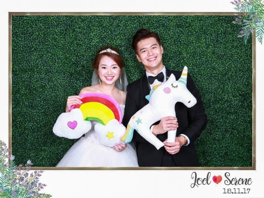 photobooth-for-weddings-in-singapore