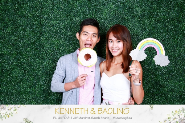 wedding-photo-booth-singapore-price